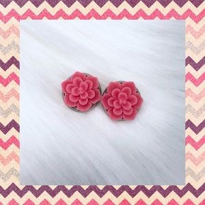 💕BERRY PINK SUCCULENT EARRINGS💕